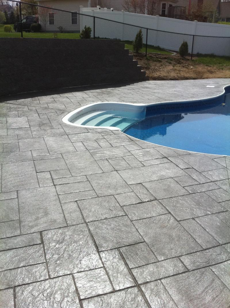 Interesting 40 stamped concrete around pool design ideas for Concrete pool